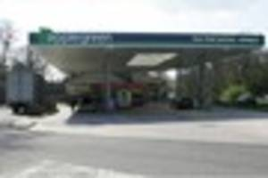 Crawley petrol station reopens with onsite Greggs, Subway - and...